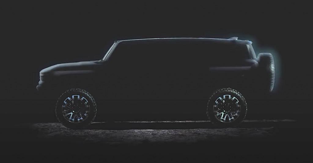 2022 GMC Hummer EV SUV profile