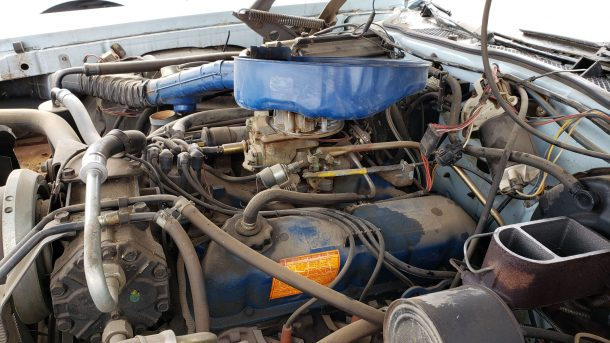 1974 Mercury Montego MX Brougham in Colorado junkyard, engine - ©2020 Murilee Martin - The Truth About Cars