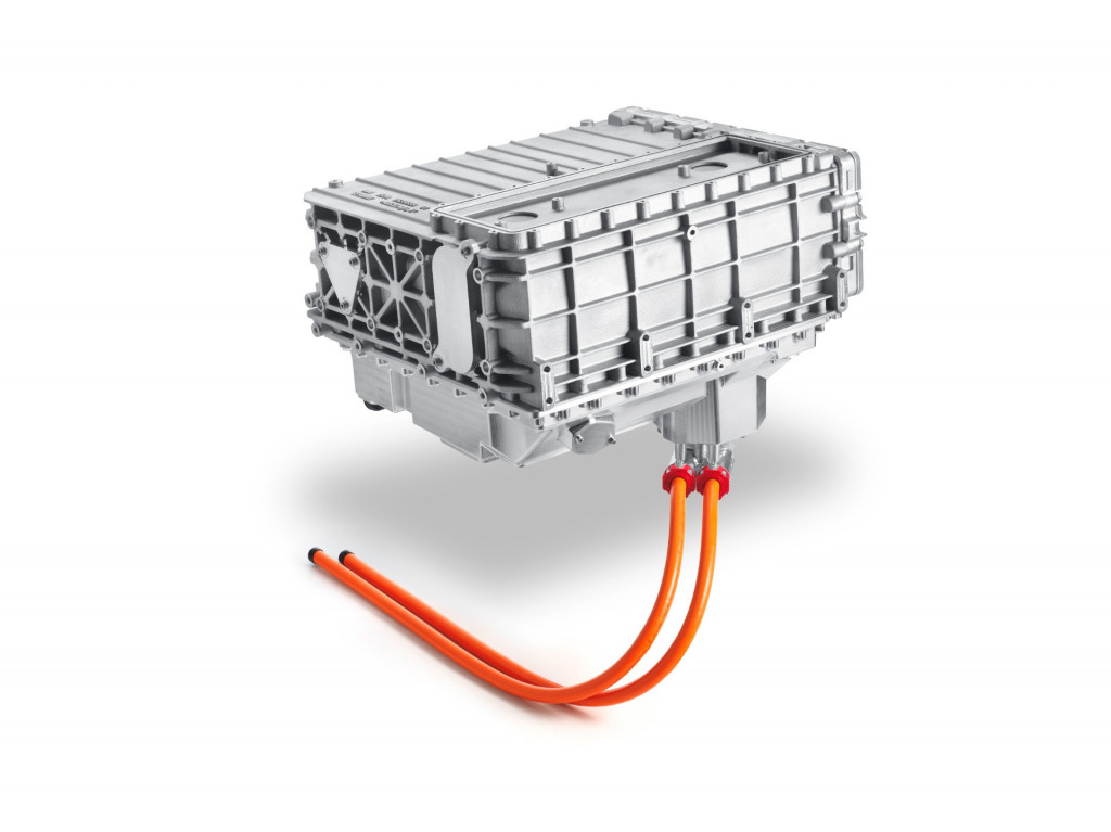 Next-generation Toyota fuel-cell stack, in BMW i Hydrogen Next development vehicle (fuel-cell X5)