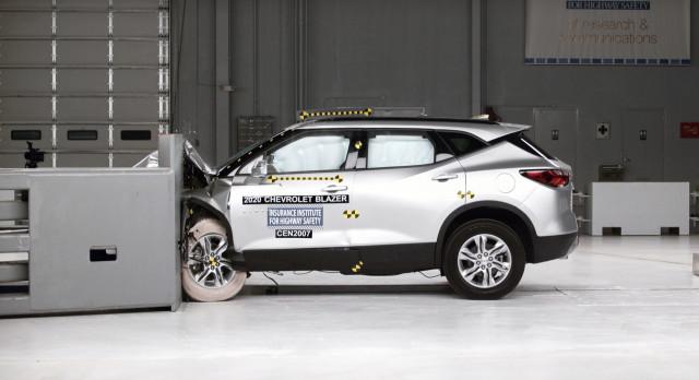 2021 Chevrolet Blazer in IIHS testing