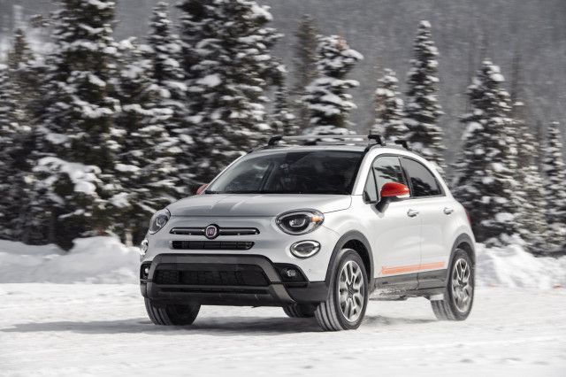 2020 Fiat 500X Trekking kicks up snow at the Winter Driving Encounter in Winter Park, CO.