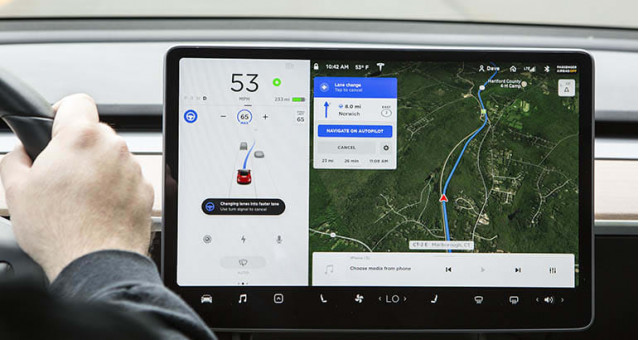 Consumer Reports Tesla Model 3 Navigate on Autopilot ready for right-lane pass [CREDIT: CR]
