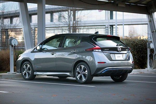 2021 Nissan Leaf ext2