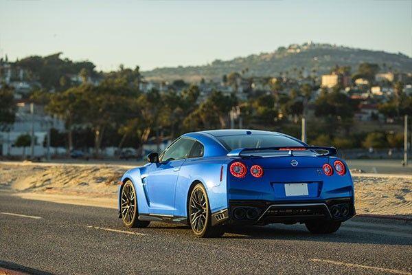 2021 Nissan gtr rear